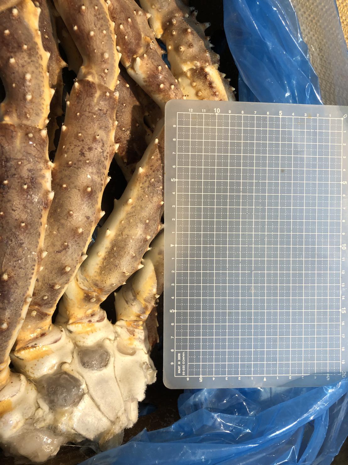 タラバ蟹・生冷凍3.0kg箱 3肩入り